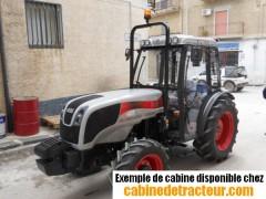 Cabine pour tracteur agricole de marque Carraro agricube